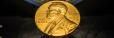 Foto van een Nobelmedaille (copyright Shutterstock.com / superjoseph)